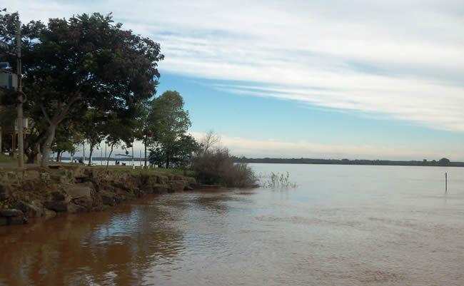 Atractivos de Artigas - Río Cuareim