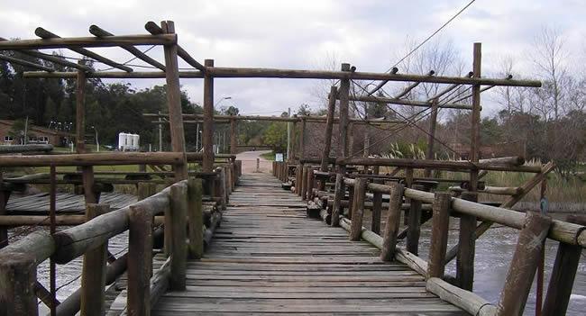 Atractivos de Costa Azul - Puente viejo