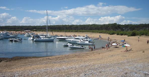 Playa Honda en Isla Gorriti