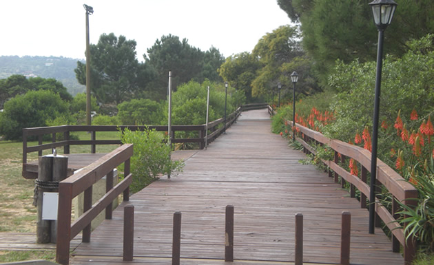 Paseo Peatonal en la Laguna del Sauce