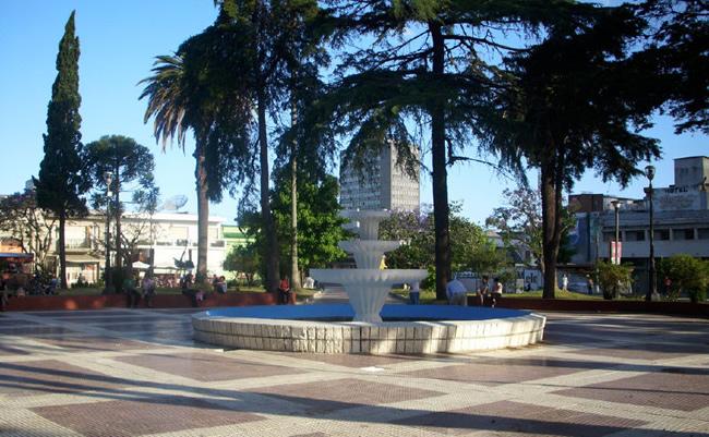 Atractivos de Melo - Plaza Independencia
