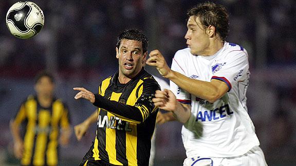 Peñarol vs. Nacional, clásico del fútbol uruguayo