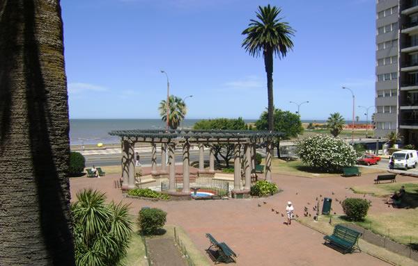 Plaza Gomensoro en Montevideo