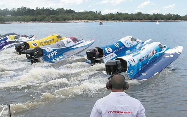 F1 Power Boat en Mercedes