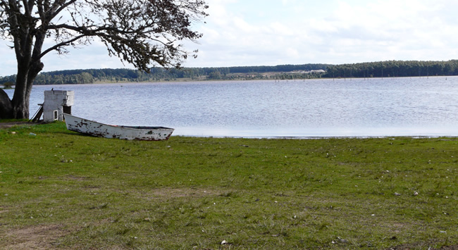 Parque Andresito sobre el Río Negro